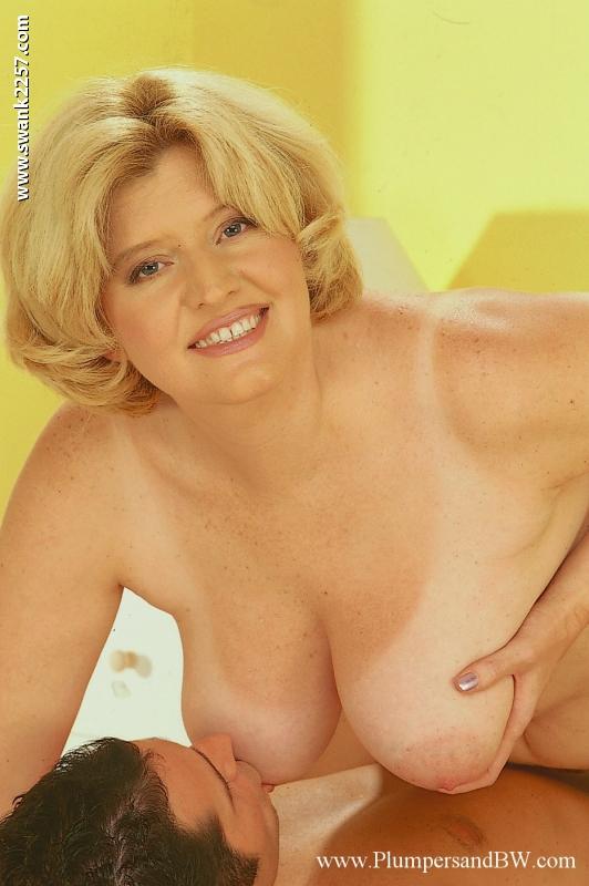Sexy jessica simpson boob videos