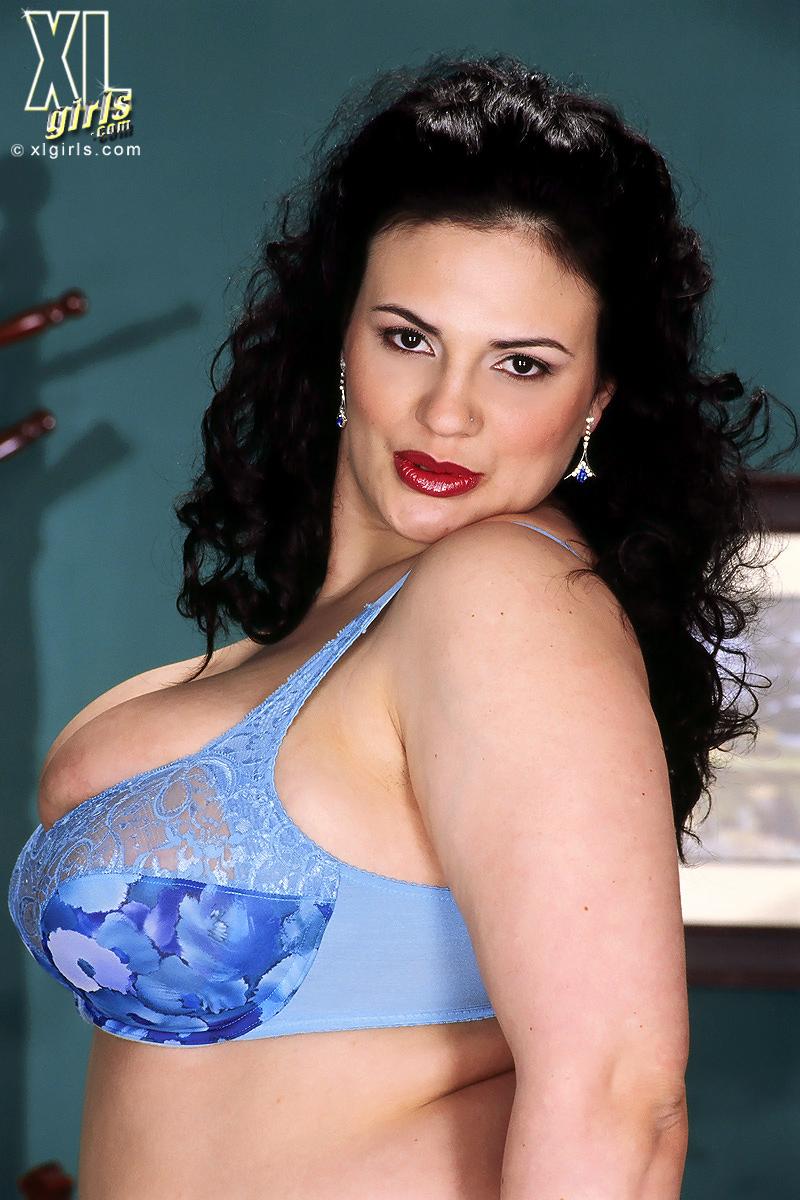 sloppy wet boobs vids