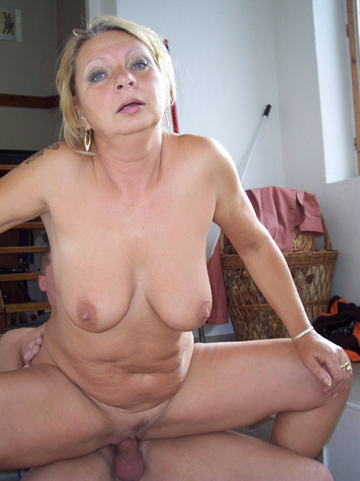Hot fuck 153 gilf attractive granny - 4 3
