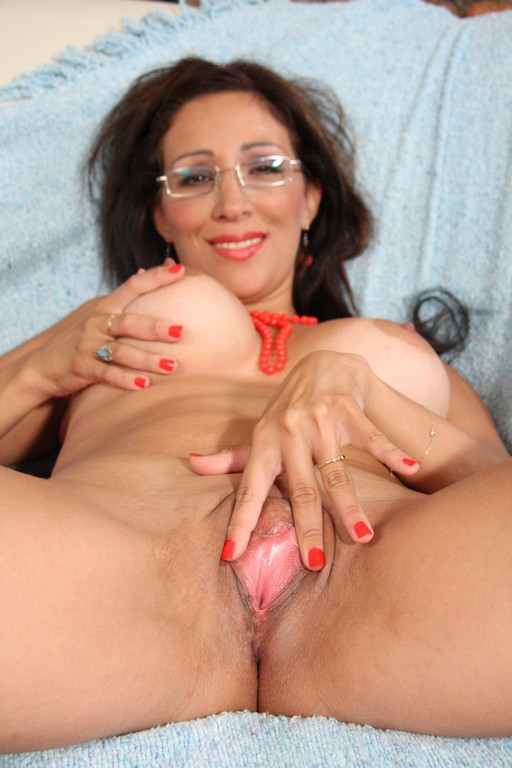 hot latin housewife sluts takes a piledriver in the pooper