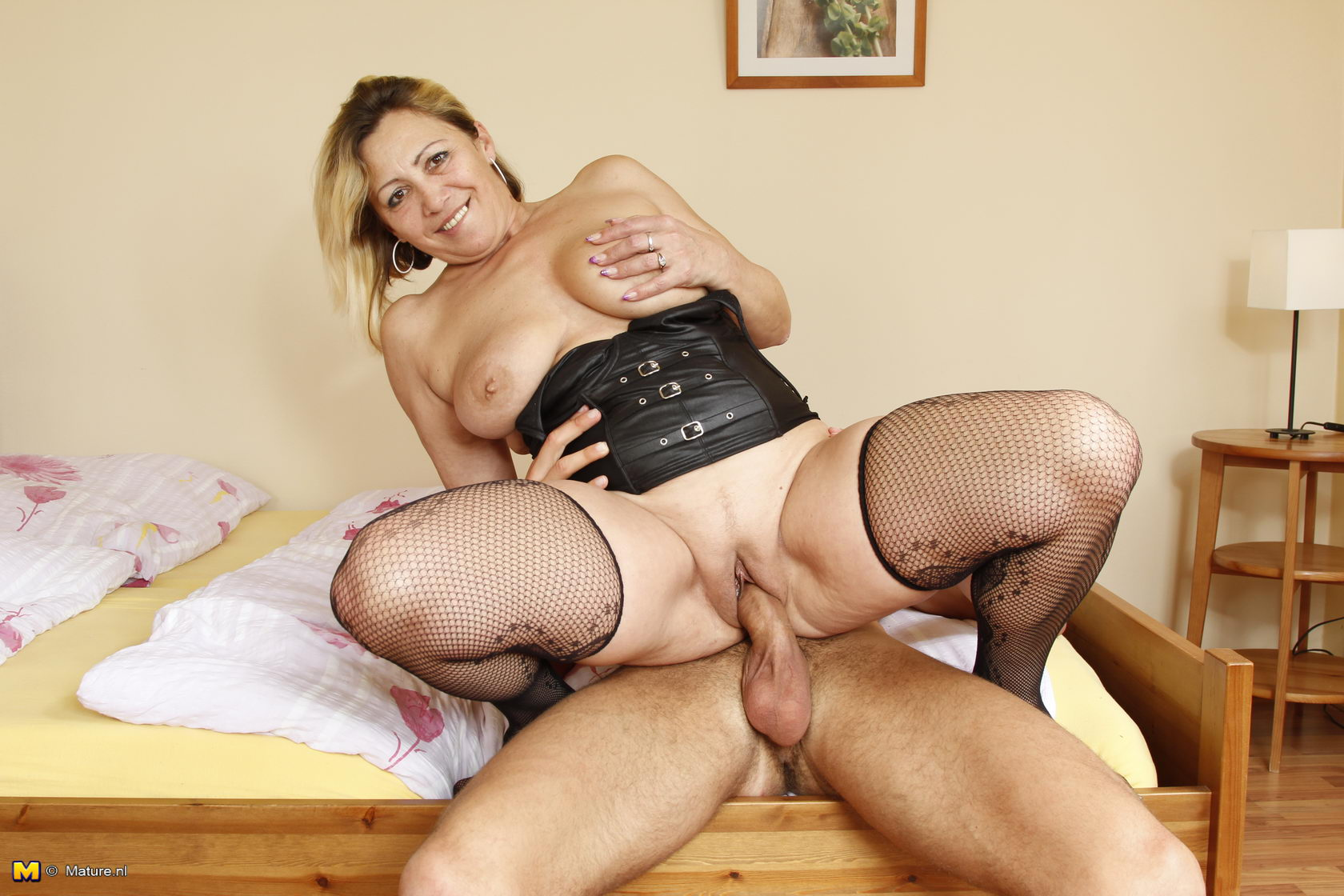 Mature sex izle 4 фотография