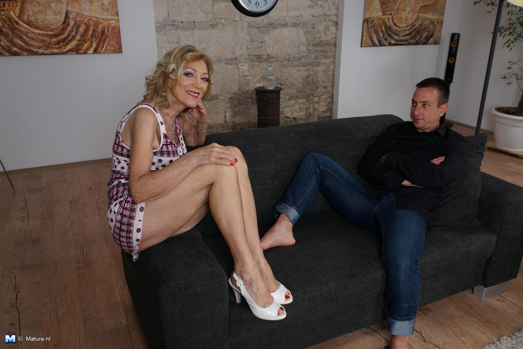 Debbie hendrickson nude