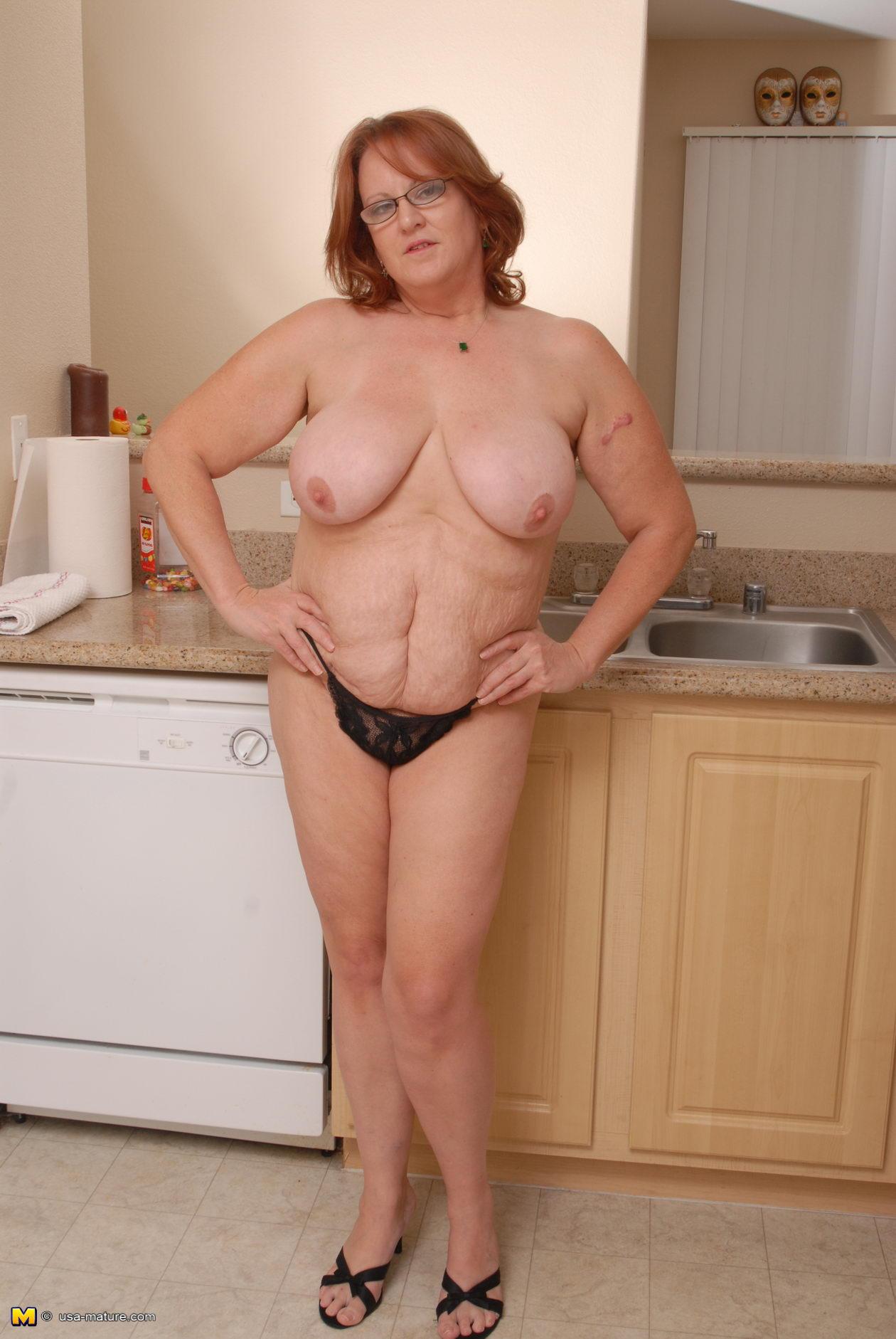 2 hotties have fun with 1 huge dildo 4