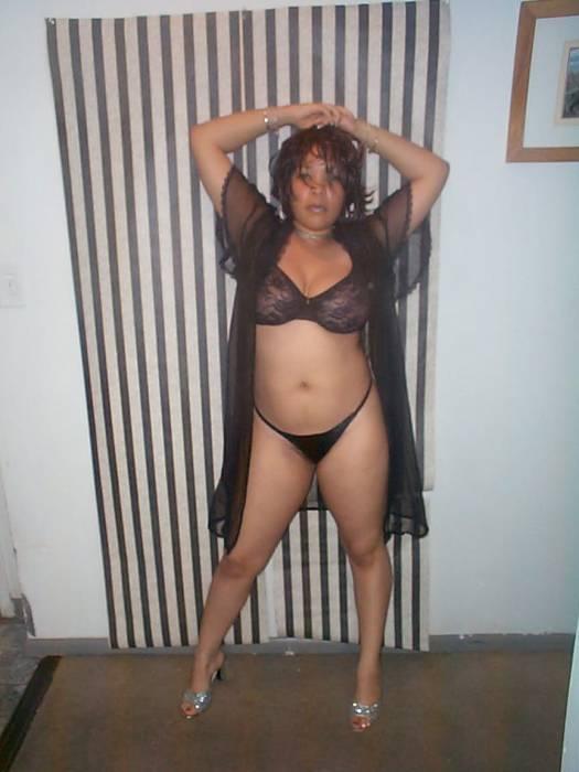 XXX Pictures Black white lesbian porn