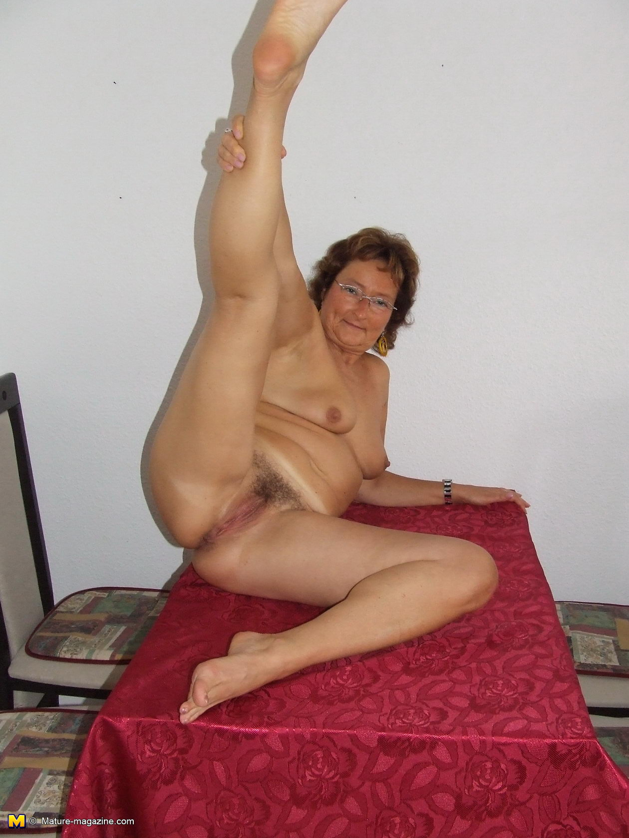 This is why grandma loves doing housework - 3 part 10