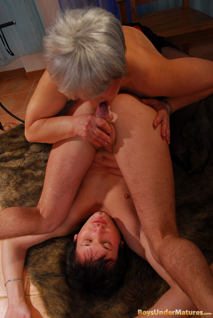 grey haired mature plumper getting crammed after
